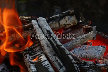 primo piano legno fuoco incendio fiamma