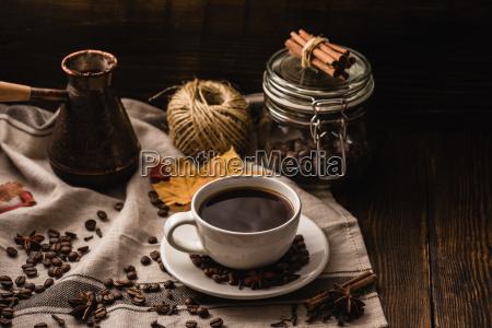bicchiere foglia fagiolo caffe cannella anice
