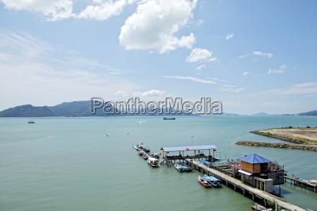 traffico nuvola porto malaysia orizzontale allaperto