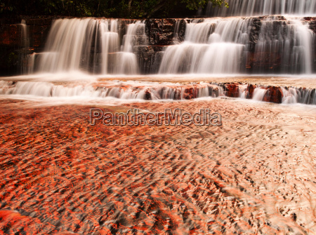 the colourful jaspe falls water erosion