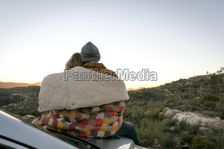 donna amicizia femminile virile mascolino auto