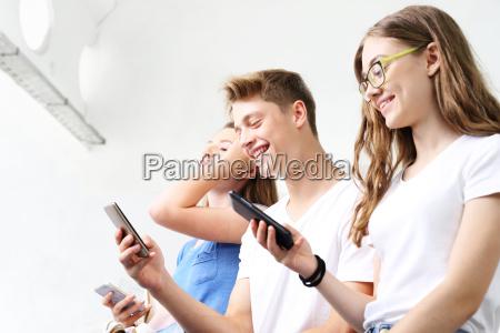 applicazioni alla moda interessi giovanili giovani
