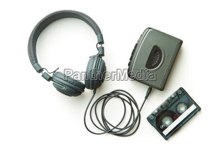 walkman vintage audiocassetta e cuffie