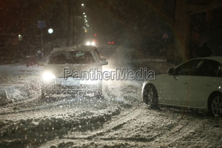 nevicata per le strade di velika