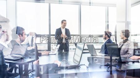 corporate business team riunione in ufficio