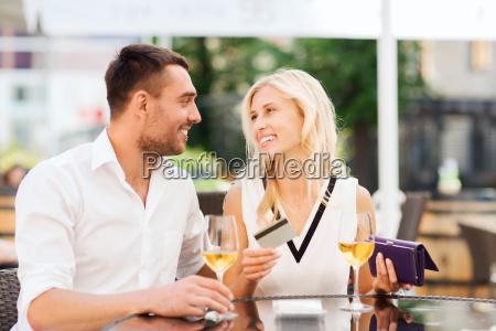 donna ristorante banca persone popolare uomo