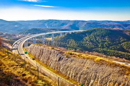 viaggio viaggiare traffico ponte canyon viadotto