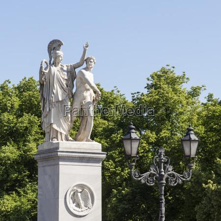 berlino citta scultura