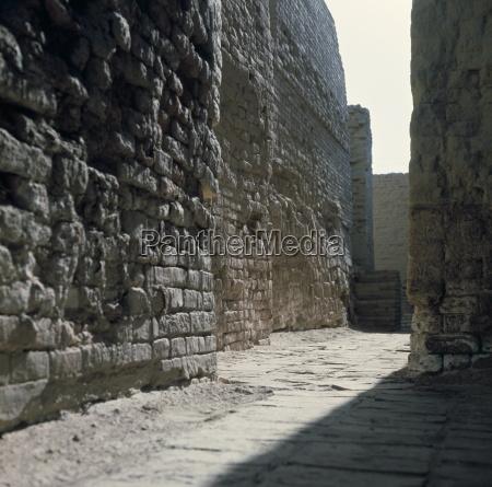 viaggio viaggiare asia muro piazza giorno