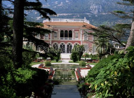 viaggio viaggiare colore giardino caucasico europeo