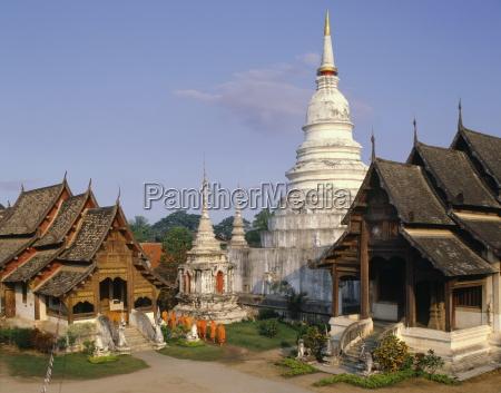 wat phra singh chiang mai thailand