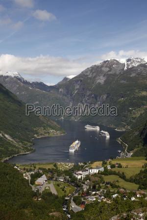 colore collina traffico norvegia allaperto fuori