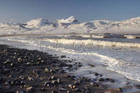 spiaggia a brot vicino a bakkagerdi