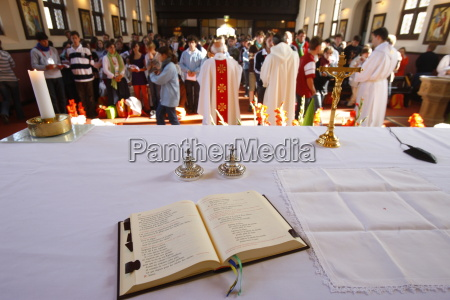 persone popolare uomo umano religione chiesa