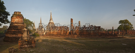 old buddhist temple of wat phra