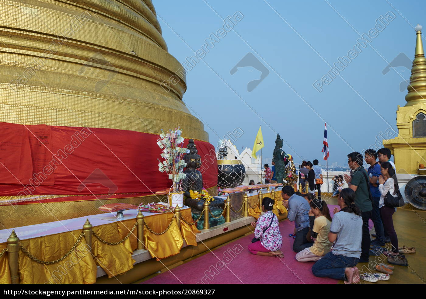the, golden, pagoda, at, wat, saket - 20869327