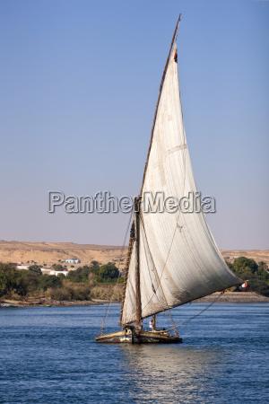 colore traffico africa vela trasporto allaperto