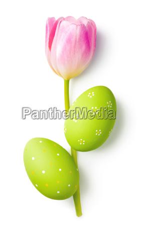 uova di pasqua con fiore di