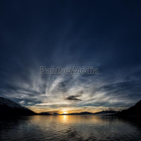 tramonto nuvola sera sera cielo allaperto