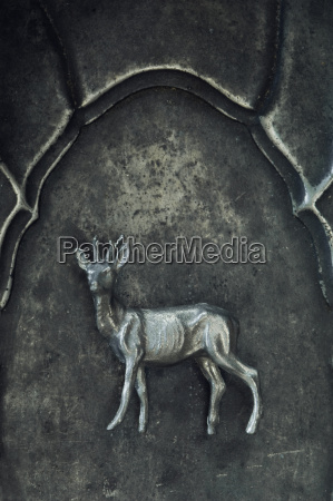 cervo come figura di peltro