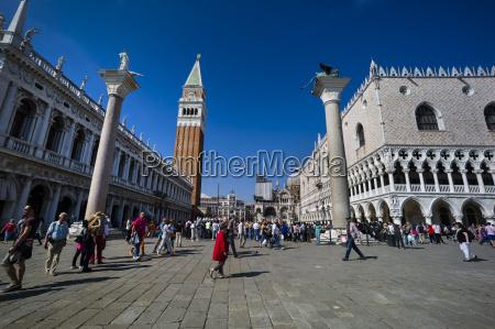 italia venezia persone in piazza san