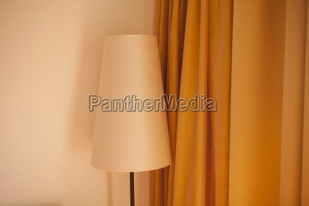 austria lampada e tenda