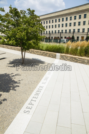 usa virginia view of pentagon memorial