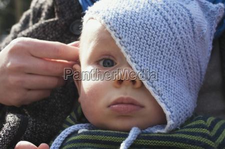 donna ritratto figlio bambino neonato lattante