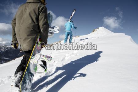 austria vorarlberg riezlern sciatore e snowboarder