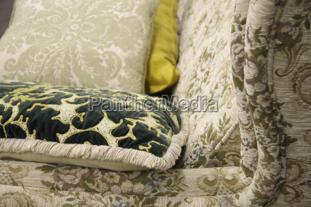 sedia poltrona arredamento nostalgia divano kitsch