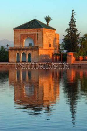 viaggio viaggiare storico parco giardino tramonto