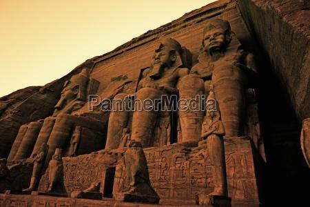 tempio dio pietra sasso statua scultura