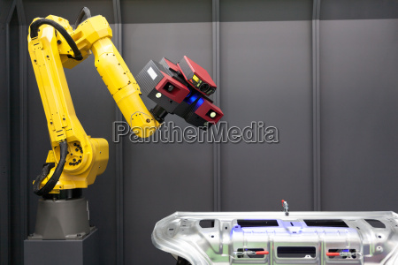 scansione automatica scanner 3d montato su