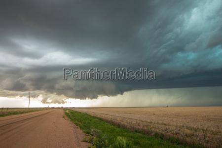 nuvola muro tempesta temporale meteo severo