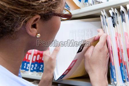 privato prenotare ordinare consulenza medico medicina