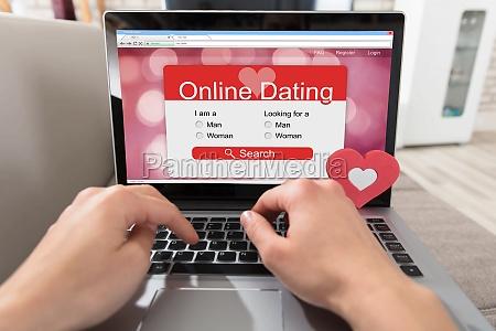 socialmente persona sguardo vista primo sito
