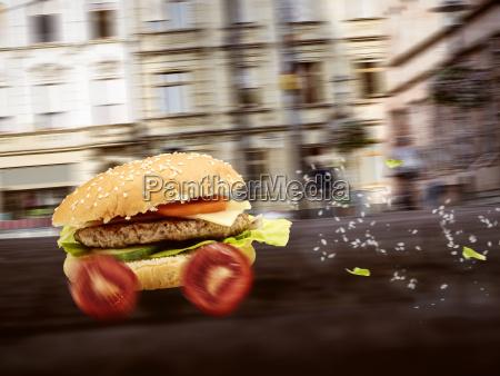 prenotare ordinare cibo fast food cittadino