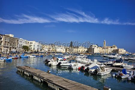 il porto di trani pugliaitaliamediterraneoeuropa