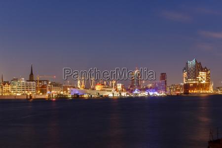 porto amburgo sguardo vista scalandrone porti