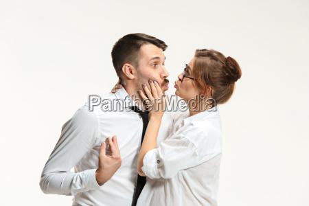 luomo daffari e la donna che