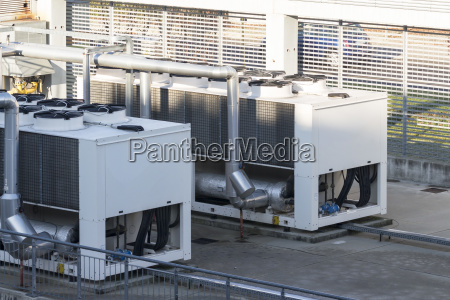 refrigerating unit for realization chilled water