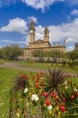 paisley town hall e giardini a