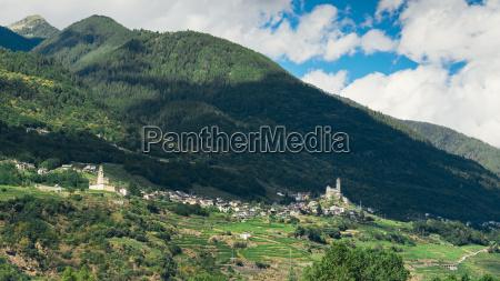 viaggio viaggiare chiesa citta colore caucasico