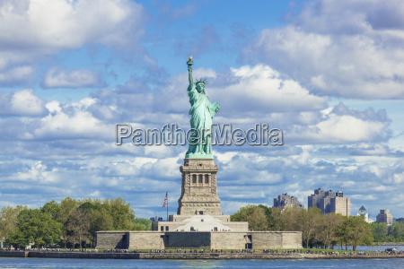 viaggio viaggiare architettonico citta monumento colore