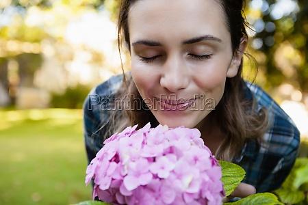 donna risata sorrisi bello bella primo