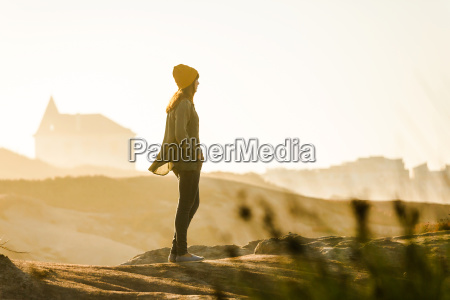 donna andare viaggio viaggiare stile di