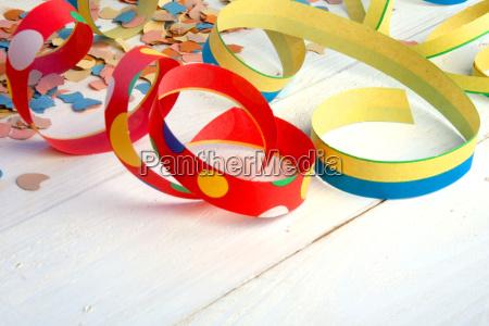 colorato carnevale festoni ghirlande coriandoli stelle