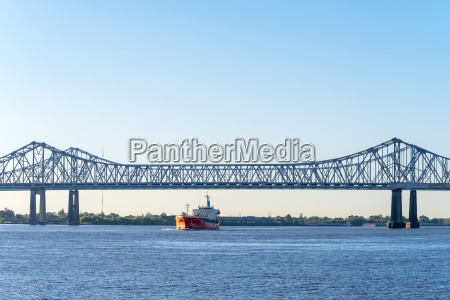 crescent city connection twin span bridges