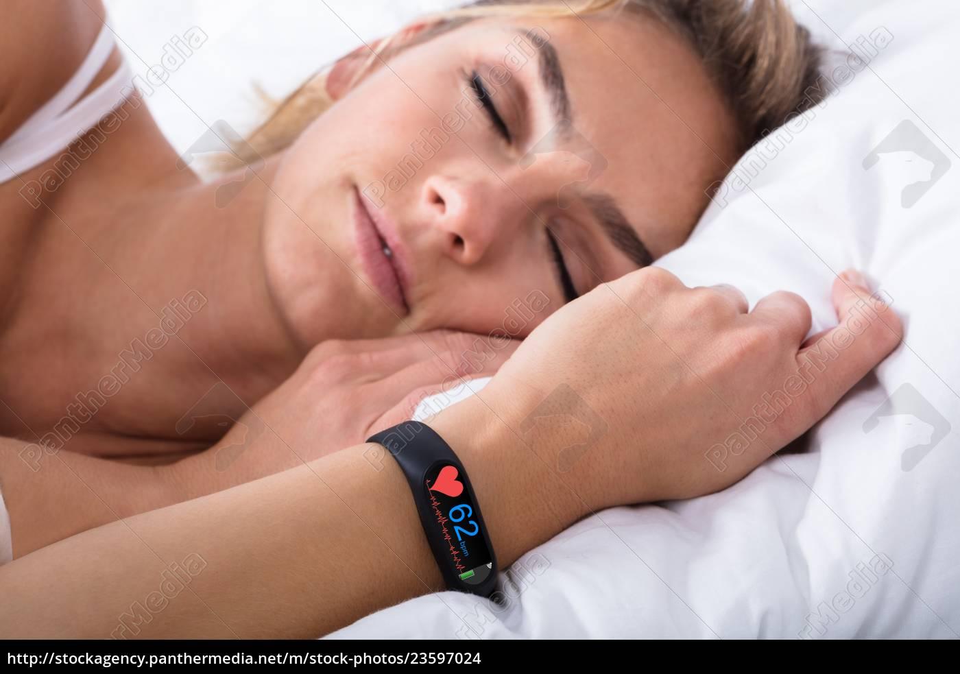 fitness, activity, tracker, sulla, mano, della - 23597024