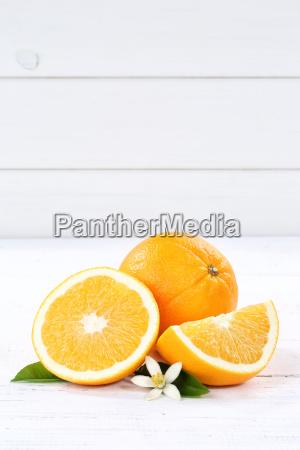 fresco arancione frutta frutta ritratto testo